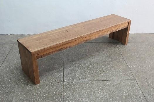 나무벤치의자